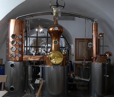 Distillazione dei sottoprodotti della vinificazione – alcool uso industriale – Reg. UE n. 1308/2013 – Art. 52 – Campagna 2019/2020